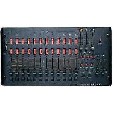 18 Channel 12 Group Analogue Rock Desk